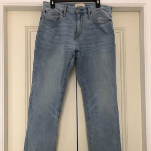 NEW Mens GAP Jeans 34x32